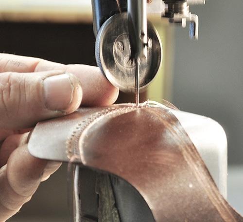 Piquage fabrication chaussures sur mesure confort